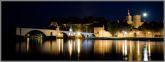 Nocny Awinion - widok na Pałac Papieski i most