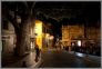 Nocny Awinion - nocne miasto
