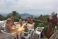 restauracja CAPRI z widokiem na wyspe